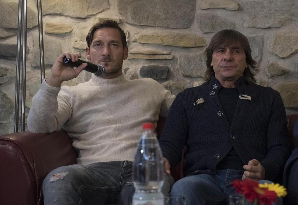 FOTO   Bruno Conti festeggia il compleanno: ci sono anche Totti e