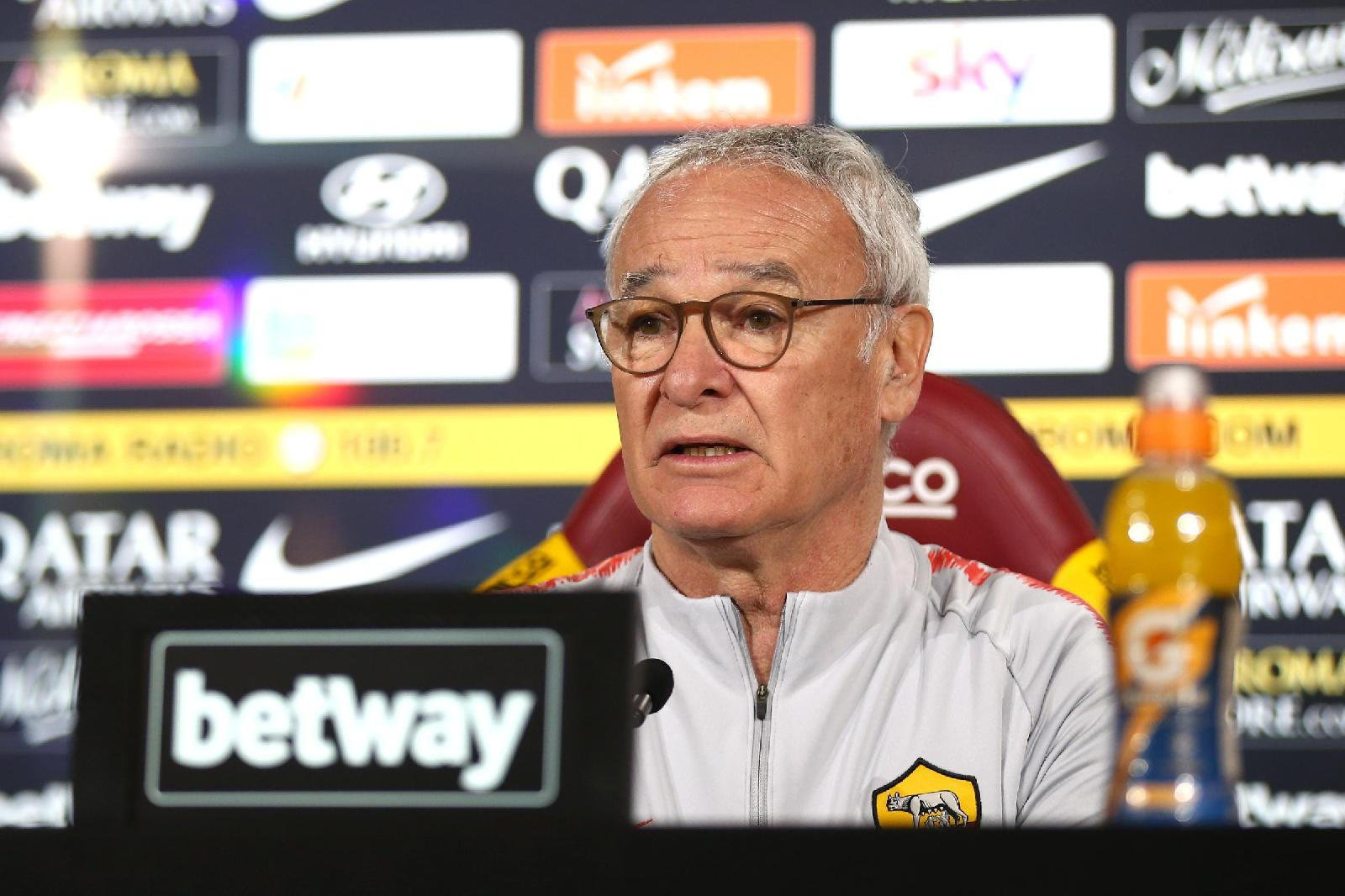 Claudio Ranieri in conferenza ©Mancini