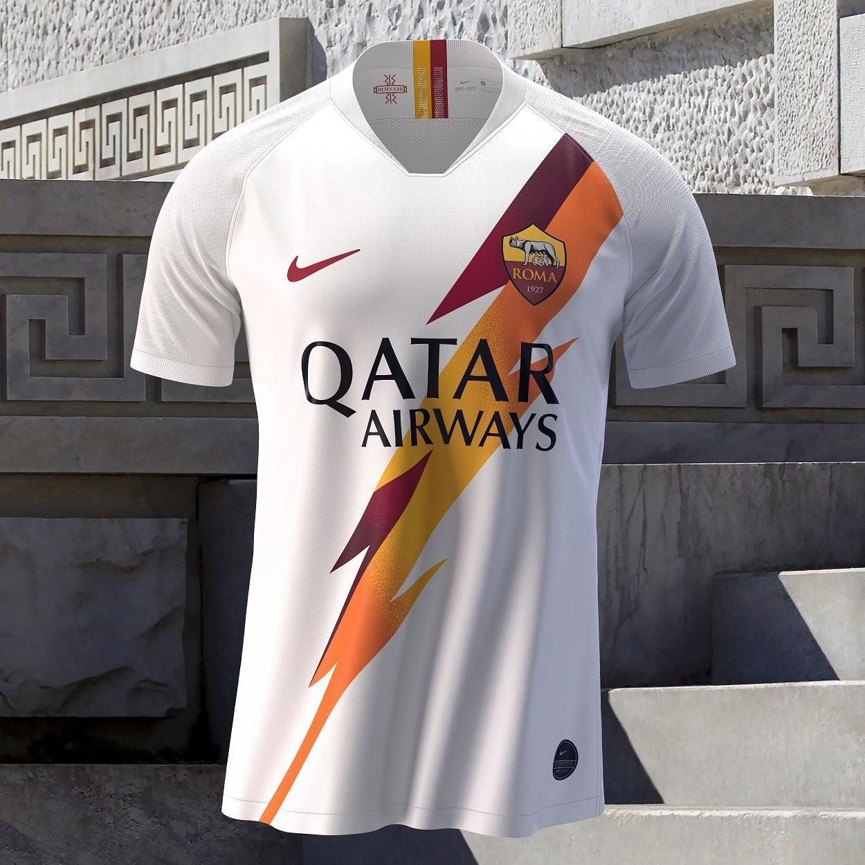 FOTO - Presentata ufficialmente la seconda maglia della Roma 2019/2020