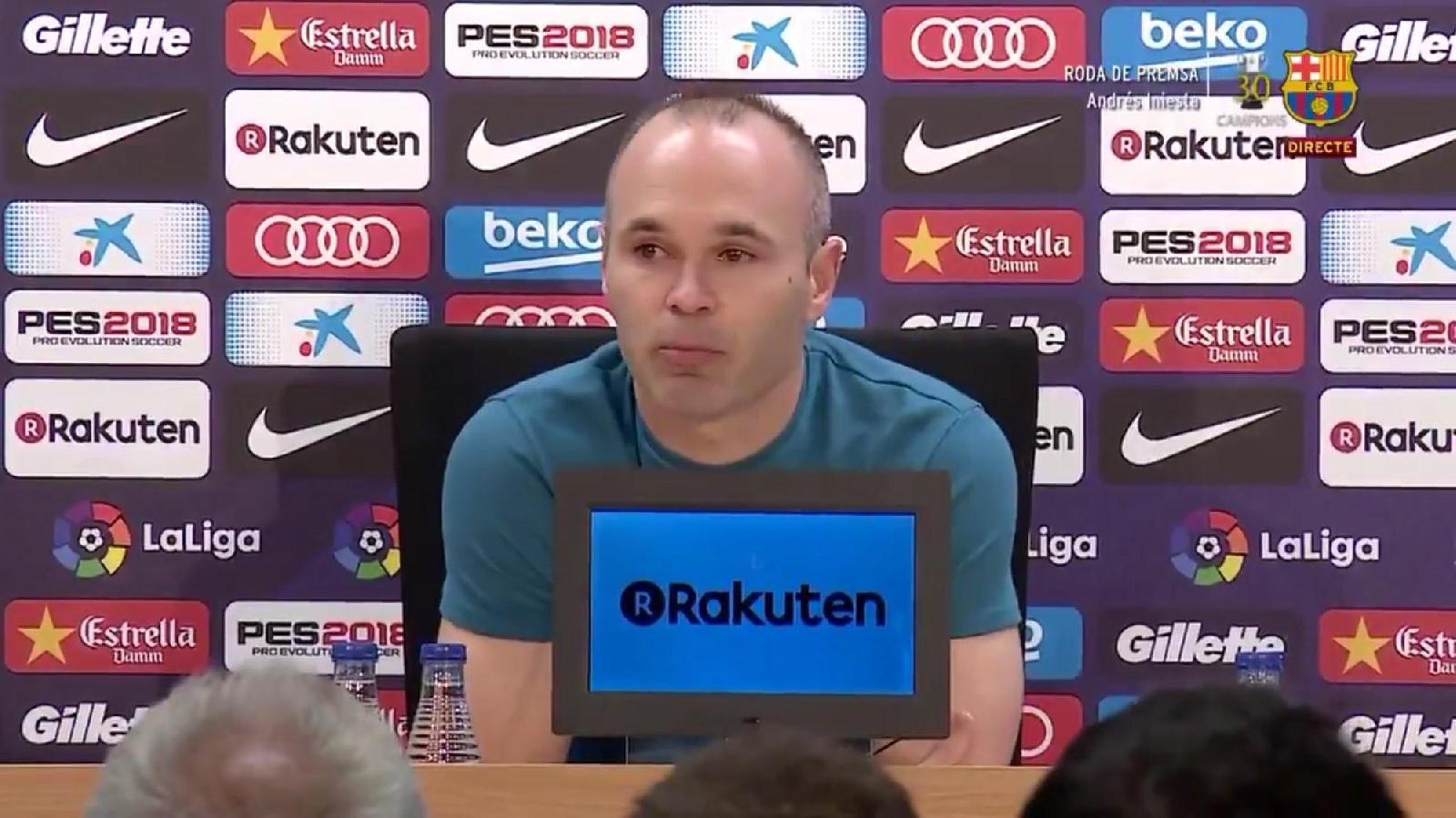 VIDEO - Barcellona, Iniesta annuncia l'addio: