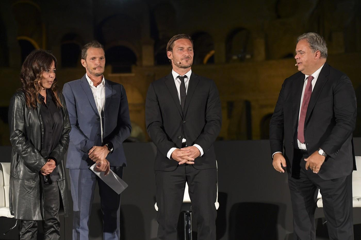 L'evento al Colosseo: Totti come un film©LaPresse