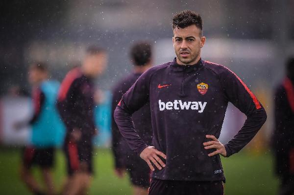 VIDEO - Grande gol di El Shaarawy in allenamento: finta e palla all'angolino