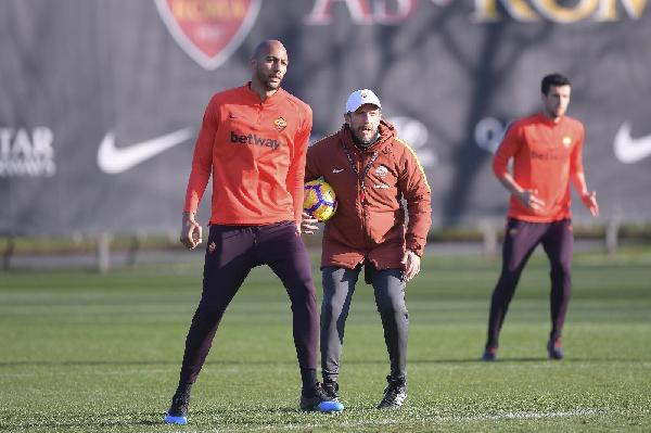 Di Francesco in pressing su Nzonzi ©LaPresse