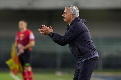 Roma-Udinese: un altro tutto esaurito e Mou a caccia di un record