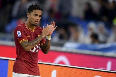 Justin Kluivert in campo all'Olimpico